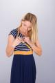 Těhotenské šaty BEBEFIELD - Nadine Ochre